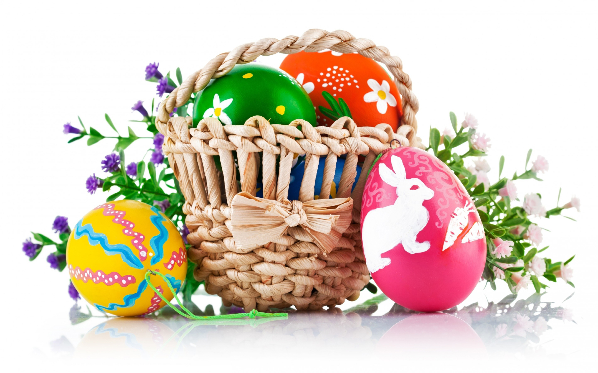 6787649-easter-basket-wallpapers